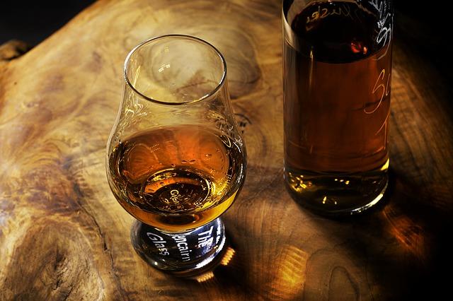 Les cocktails et accompagnements idéaux du rhum